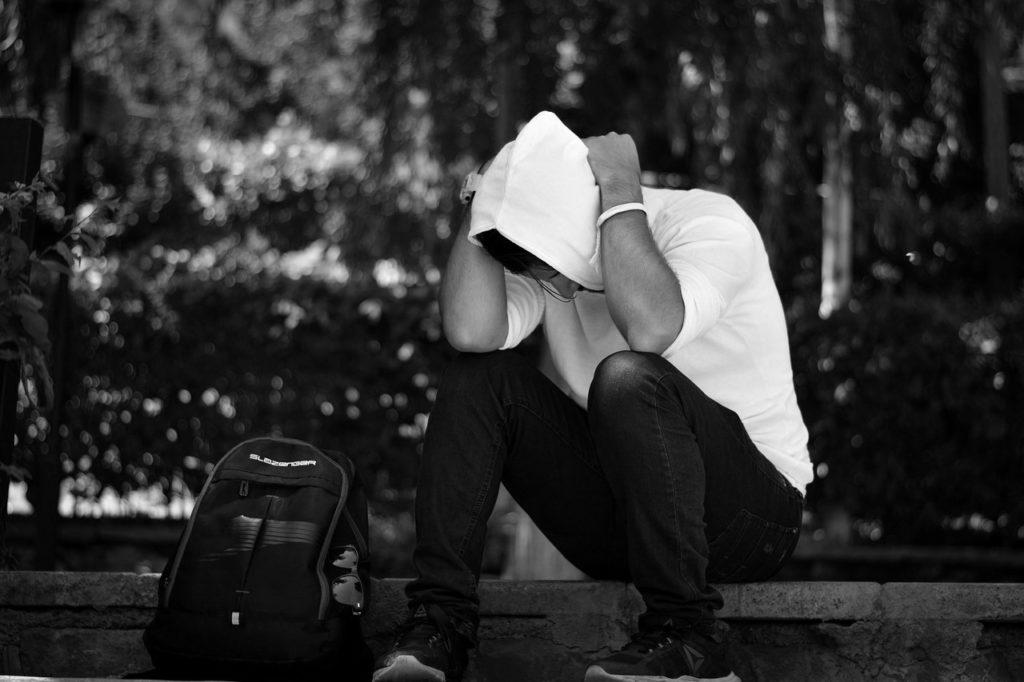 seul et déprimé